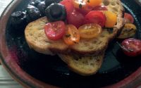 toast, tomato and mushrooms